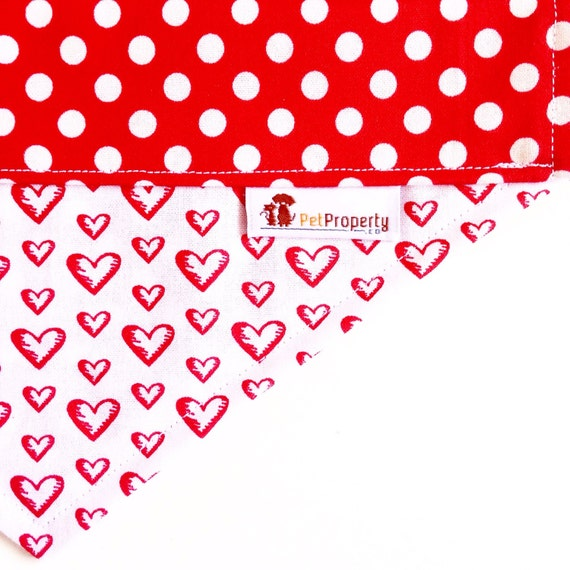 Over the Collar Pet Bandana - Dog Bandana - Cat Bandana - Bandana - Valentine Hearts