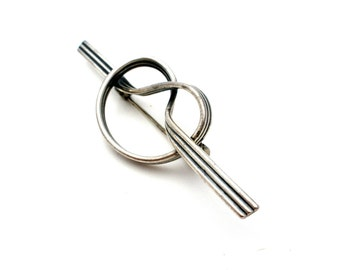 Love Knot, Sterling Silver, Signed Beau, Vintage Pin, Love Knot Pin, Beau Sterling, Love Knot Brooch, Sterling Love Knot