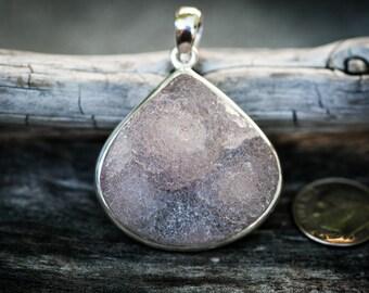 Druzy Pendant - Chalcedony Crystal - Chalcedony Druzy necklace - Chalcedony Druzy - Chalcedony Druzy - Chalcedony Druzy Pendant