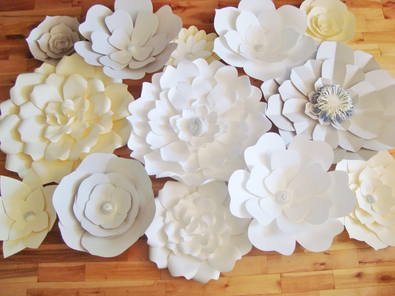 diy paper flower backdrop ivory grey white paper flowers. Black Bedroom Furniture Sets. Home Design Ideas