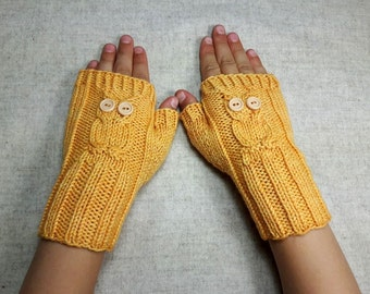 Owls Fingerless Gloves for Kids 4 to 6 Years, yellow, handknitted Wrist Warmers, Mittens