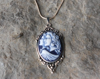 """Hand Painted Guardian Angel, Sisters, Mother, Daughter, Friends Cameo Pendant Necklace - .925 plated 22"""" Chain--- Great Quality"""