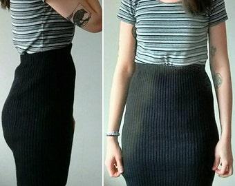 Vintage Knit High Waisted Mini Skirt