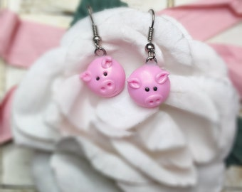 Cute little piggy earrings, kawaii earrings, mioniature earrings, animal lover, piggy lover, pet lover, animal collection