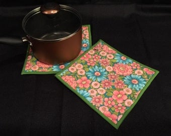 Bright Floral Quilted, Insulated Pot Holder Set