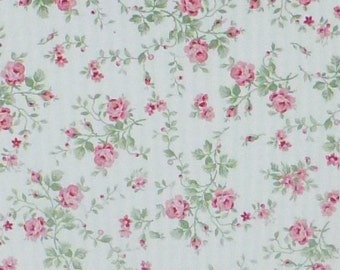 Emma's Garden~Small Roses on White~Shabby Chic Floral~Cotton Fabric, Quilt~Clothworks~Fast Shipping F559
