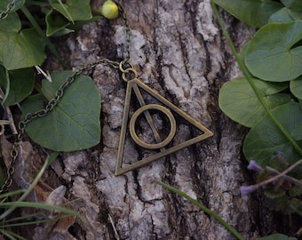 Harry Potter Deathly Hallows charm bronze necklace - Jewelry - Gift