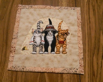 "3 CATS on an Over Sized Mug/Snack/Candy Dish/Candle Mat/Rug, Applique Small Quilt, 9""  Square, One of A Kind, Mini/Small Wall Hanging"