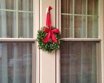 Christmas Boxwood Window Wreath, Winter Boxwood Wreath, Window Wreath, Christmas Window Wreath, Christmas Boxwood Wreath