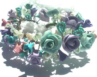 Rose bracelet flower bracelet Romantic bracelet bracelet for the wedding delicate bracelet spring flowers white flowers mint ideas for here