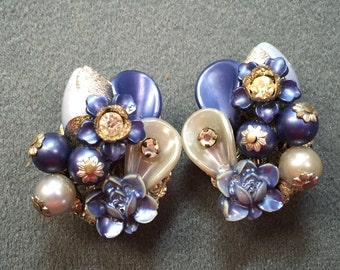 Fun 1950's Beaded Blue Clip Earrings by Beaujewels.  Free shipping