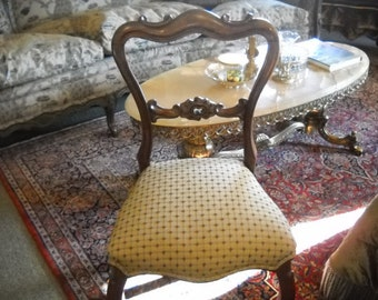 Hold for Leslie.  Victorian Chair
