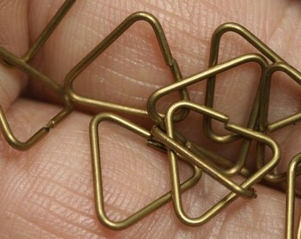 jump ring Pinch bail 200 pcs 11 mm 20 gauge( 0,8 mm )  Triangle antique brass  1120JTA-27