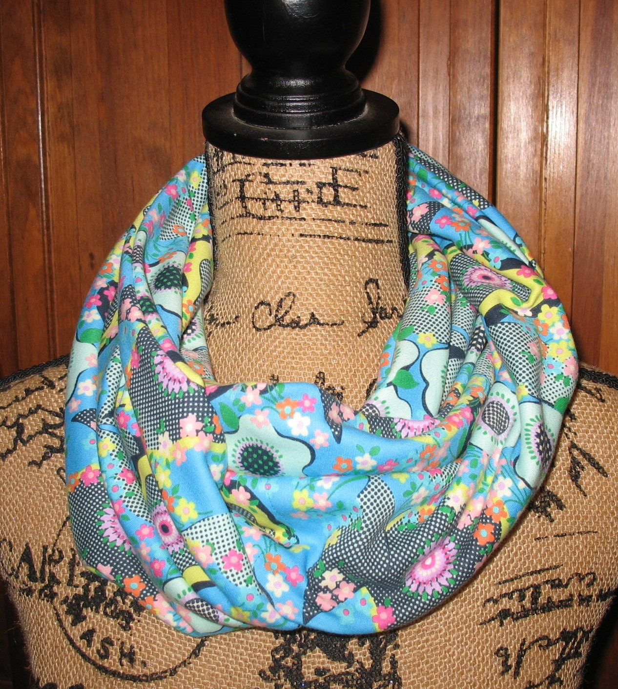 Infinity pocket scarf travel scarf zipper by beetreestitchery for Travel scarf