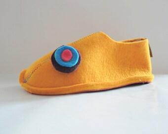 Wool Felt Indoor Shoes In Yellow