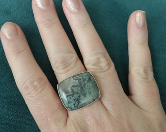 Sz. 8 Moss Agate Sterling Silver Ring