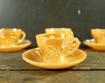 Soy candle in 4 vintage Fire king coffee cup - Peach Lustre Ware set of 4 cups and saucers - Peach Lustre ware Fire King