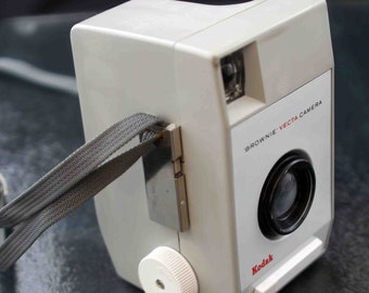 Vintage Kodak Brownie Vecta 127 Roll Film Camera