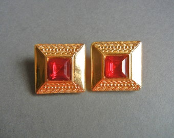 Vintage Monet cushion clip earrings, Monet red rhinestone earrings, monet gold red rhinestone earrings, monet red clip on earrings,