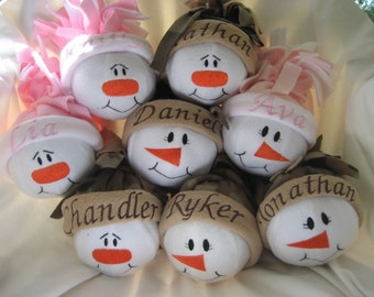 Personalized Christmas Ornaments - Gifts under 15 - Stocking Stuffers - Party Gifts  - Christmas Ornaments - Snowmen - Personalized Gift