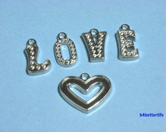 """Lot of 5 Sets (25pcs) """"LOVE Heart"""" Silver Color Plated PVC Charms. #XL222."""