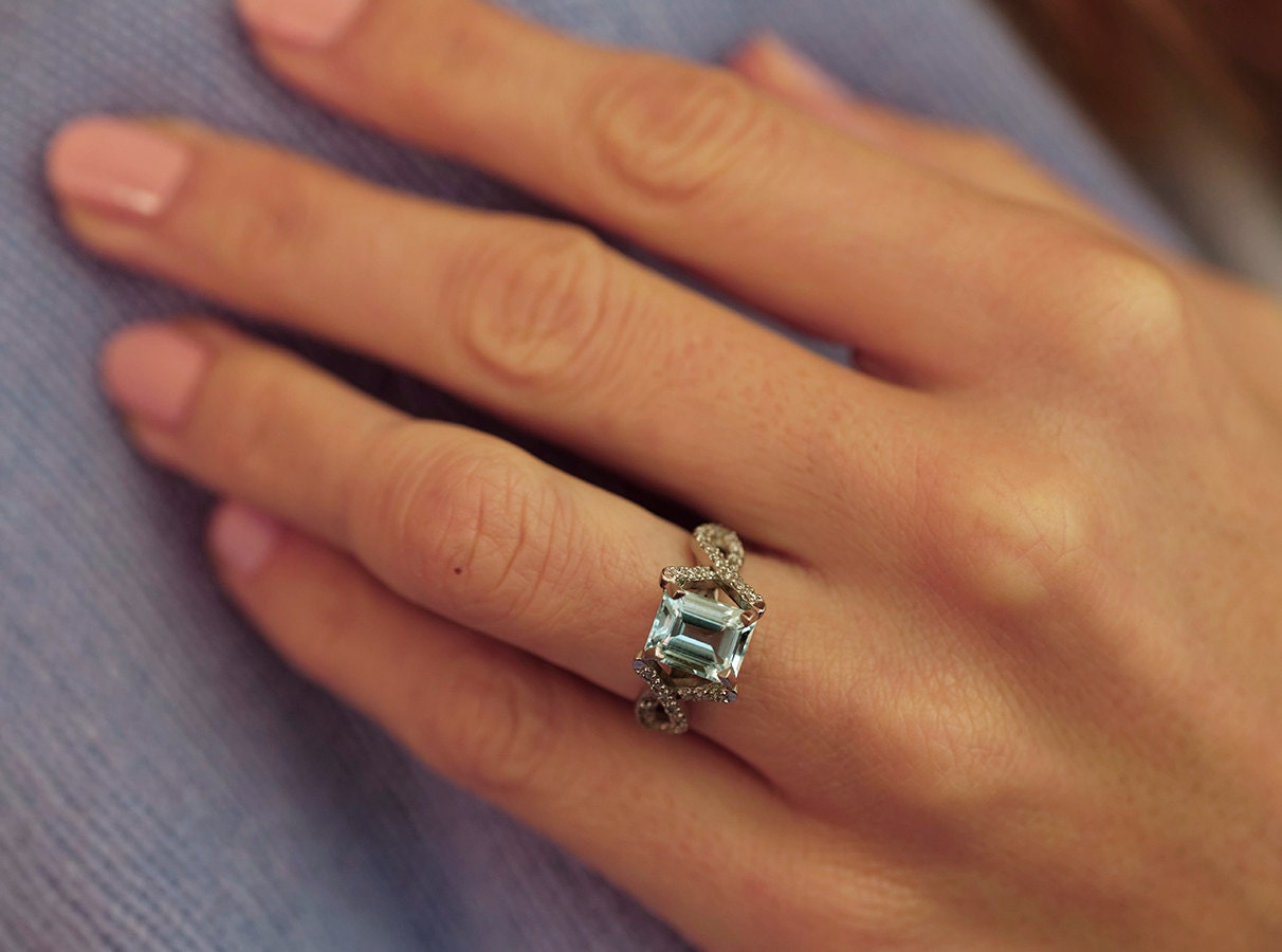 aquamarine engagement ring aquamarine diamond ring. Black Bedroom Furniture Sets. Home Design Ideas