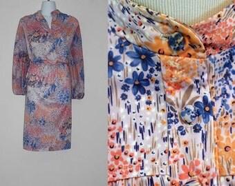 Vintage 1970s Multi Color Floral Day Dress