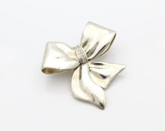 Vintage Sterling Silver Bow Brooch w Clear CZs Signed Jezlaine. [6225]