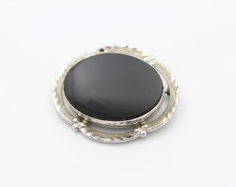 "Vintage Victorian-Inspired Vintage Brooch in Black Onyx and Sterling Silver 1.25"". [7345]"