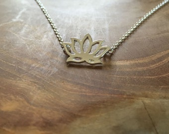 Lotus - a cute necklace with a lotus flower - Silvertone, cute, lotus, zen, flower, lotusflower