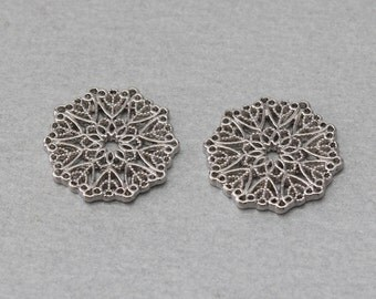 Flower Pewter Pendant . Polished Original Rhodium Plated . 10 Pieces / C5002S-010