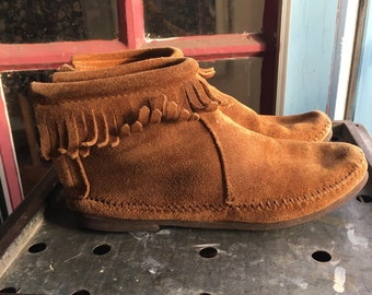 Vintage Brown MINNETONKA Boot Leather Moccasin Ankle Fringe Flat Suede Zipper Size 6