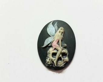Fairy and Skull Needle Minder