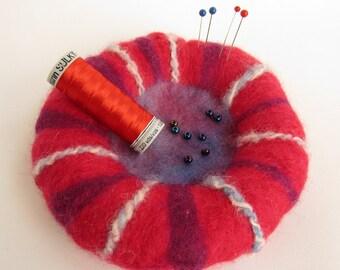 Sewer's friend pin cushion / beading bowl
