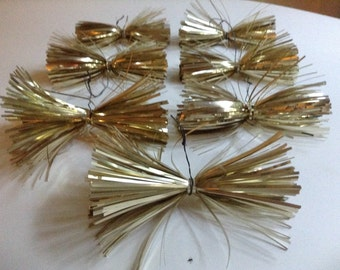 7 Large Vintage Gold Metallic Tinsel Ornaments. Oblong Starbursts. Gold Metallic Tinsel Star Bundles. Mid-century. 4.5 inch.
