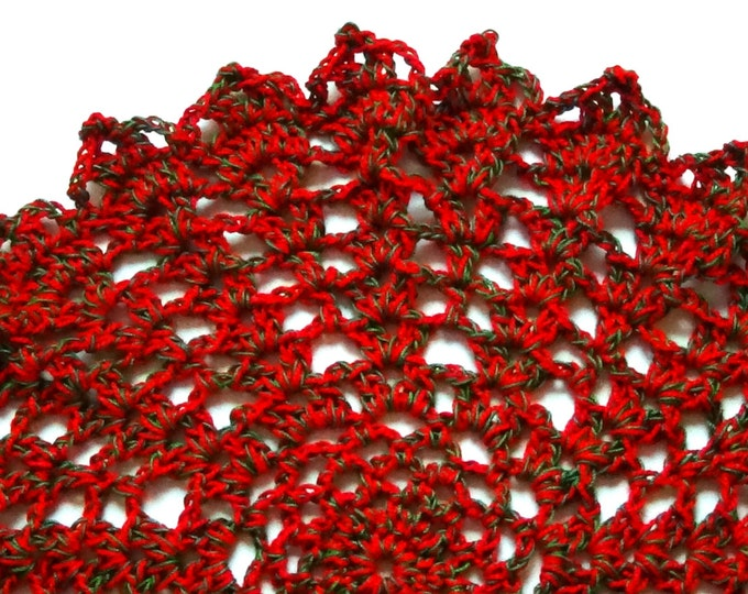 Christmas Doily, Red Green Doily, Table Topper, Holiday Decor