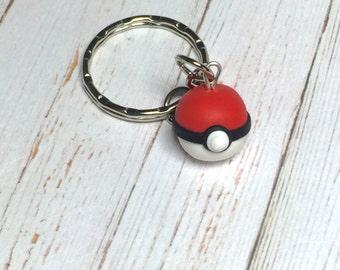 Pokemon Pokeball keychain, pokemon keychain, Pokemon jewelry, Pokemon Go jewelry, Pokemon jewellery, kawaii charm, kawaii jewelry keychain