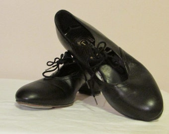 Womens Size 6.5 Black Tap Dancing Shoes, Leather Tap Dancing Shoes, Dance Shoes by Freed of London, Made in England, Excellent Condition