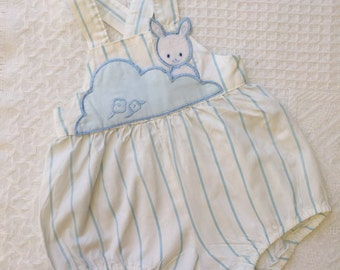 Super cute vintage baby white and blue striped romper with bunny motif. Size 3-6 months.