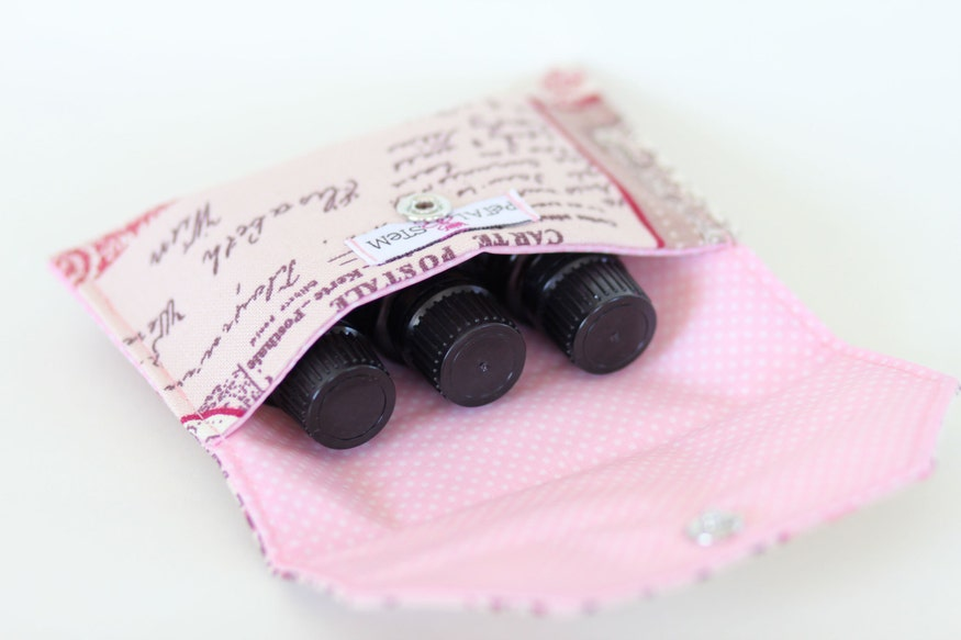 Essential Oil Bag - the french fabric and oil cloth lining give it a special effect!