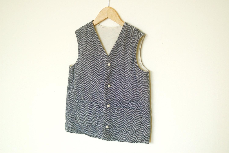 Basket Weave Vest Pattern : Blue herringbone pattern vintage vest boys size