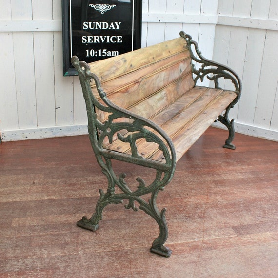 Beautiful french cast iron garden bench with wooden slats for Beautiful wooden benches