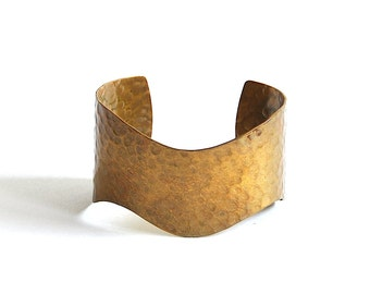 Vintage Brass Hammered Cuff Bracelet with Wavy Edges