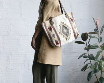 Tote/Statement bag /Fall tote/Winter tote/ Handwoven/ Wool tote/ Brown leather strap/Tribal design/Cream Gray Red Beige/Gifts for her/Oaxaca