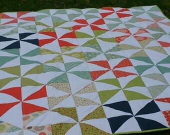 Pinwheel quilt   Etsy : baby pinwheel quilt - Adamdwight.com