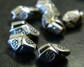 Folded Antigued Silver Tibet Spacer Beads - Silver Colored Oblong Spacer Beads - Abstract Metal Spacer Beads - 20pcs