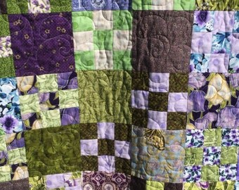 Twin-size quilt; twin quilt; single bed quilt; single quilt; bed quilt; patchwork quilt;purple bedding; purple quilt; green quilt; quilt