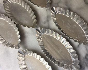 Set of 6 Fluted Boat Shaped French Vintage Tartlet Tins