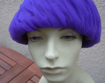 Attractive Designer Rawak Purple 1960s Cloche Style Hat