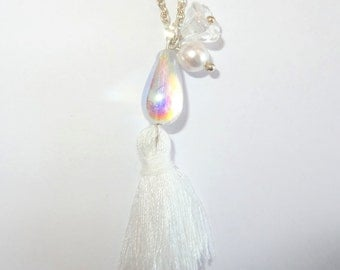 Long necklace/Chain white pompon